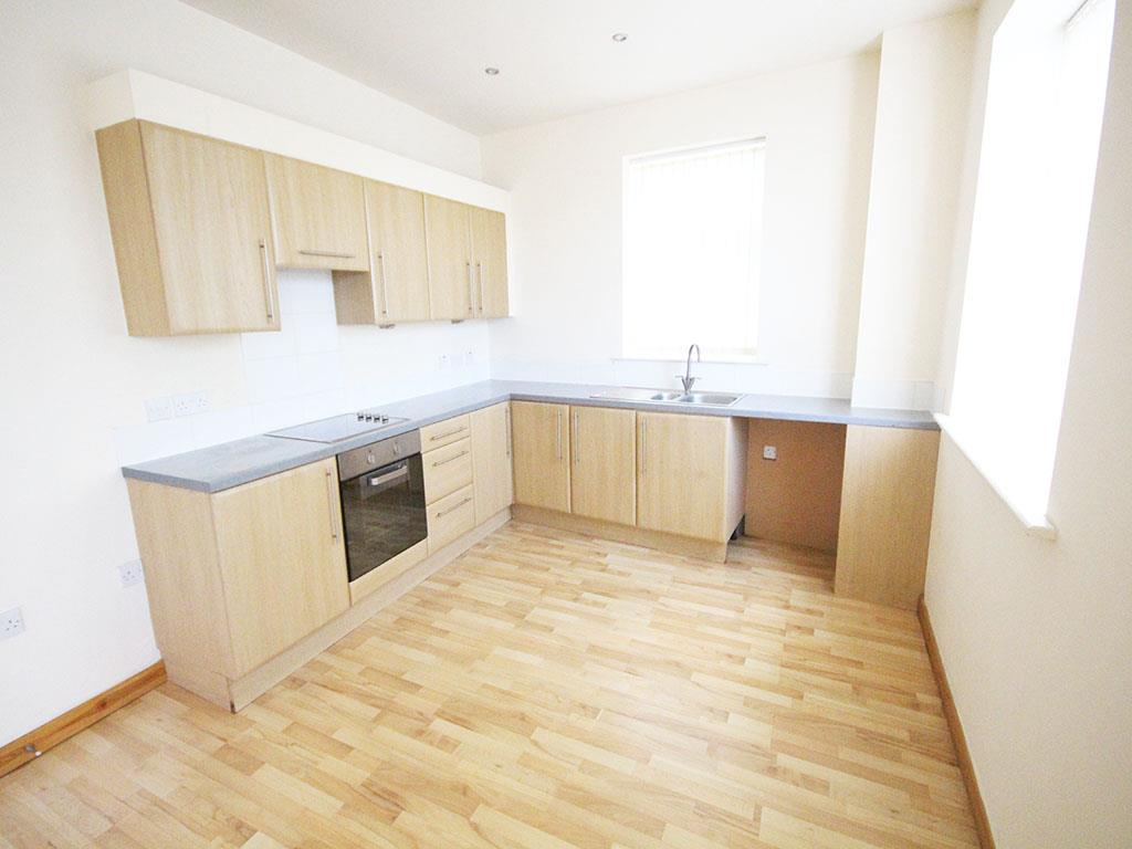 2 bedroom apartment To Let in Colne - IMG_3429.jpg